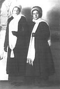 Мария Парменовна Бальзамова и Анна Алексеевна Сардановская. Фото. 1914-1915 гг. Balzamova a Sardanovskaja v r. 1914 alebo 1915